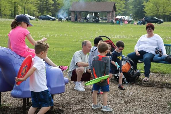 20180520 - Parent Connections Cuomo Park 0004